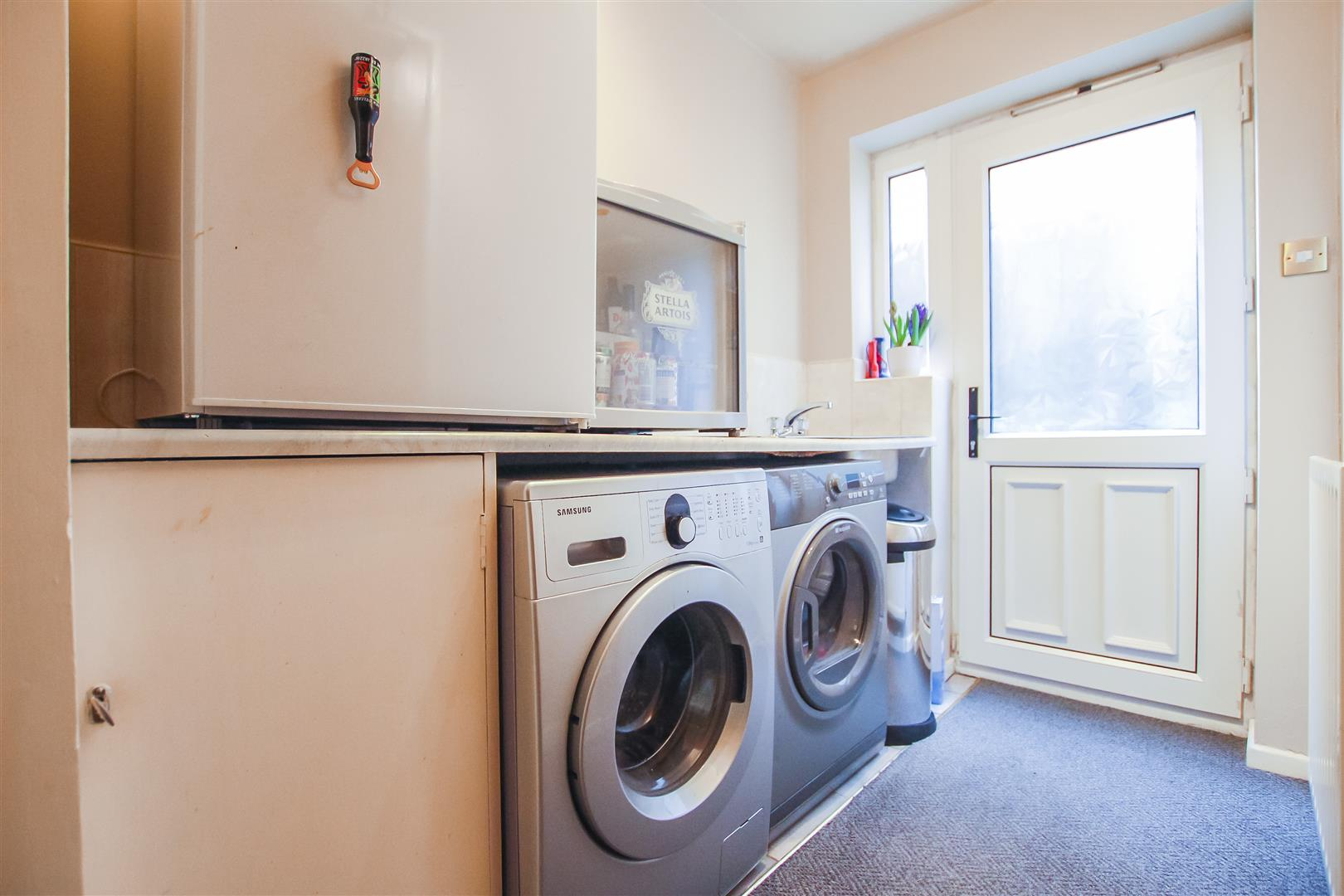 5 Bedroom Detached House For Sale - Utility Room